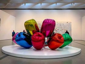 バスキアもウォーホルも無料!LAで人気の美術館「ザ・ブロード」