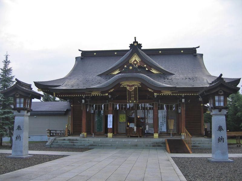 北海道の2大パワースポット! 美瑛神社で恋愛運、札幌の北海道神宮で金運を!