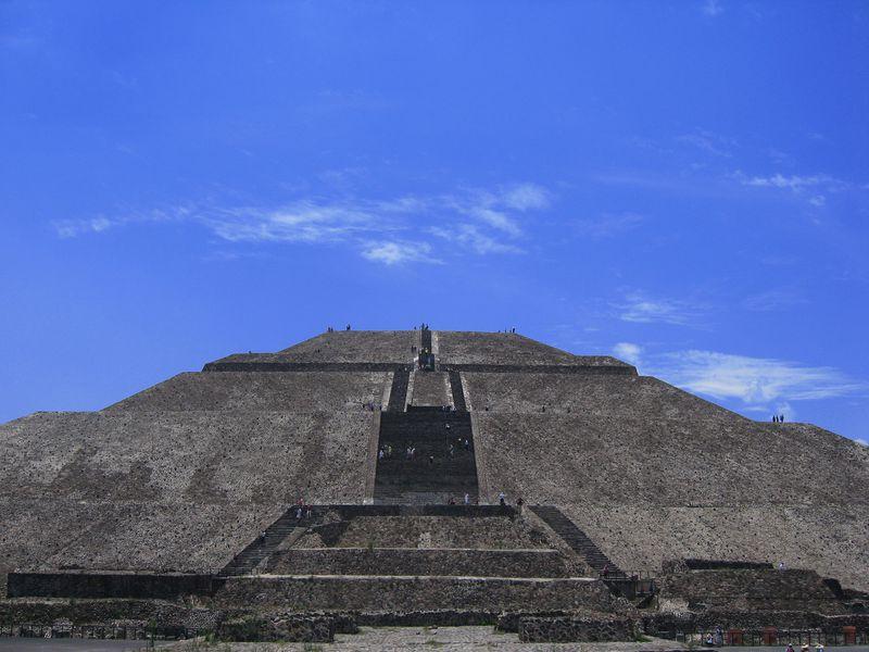 メキシコのパワースポットで幸運をゲット?!テオティワカン遺跡