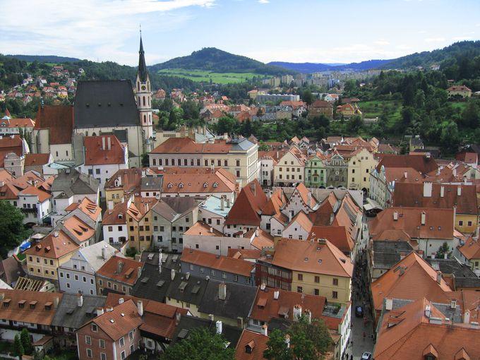 自然美に包まれた絵本の世界!14世紀の街並みを残す「チェスキークルムロフ」(チェコ)