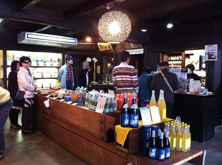 寅さんのロケ地で日本酒を堪能!「御前酒蔵元 辻本店」