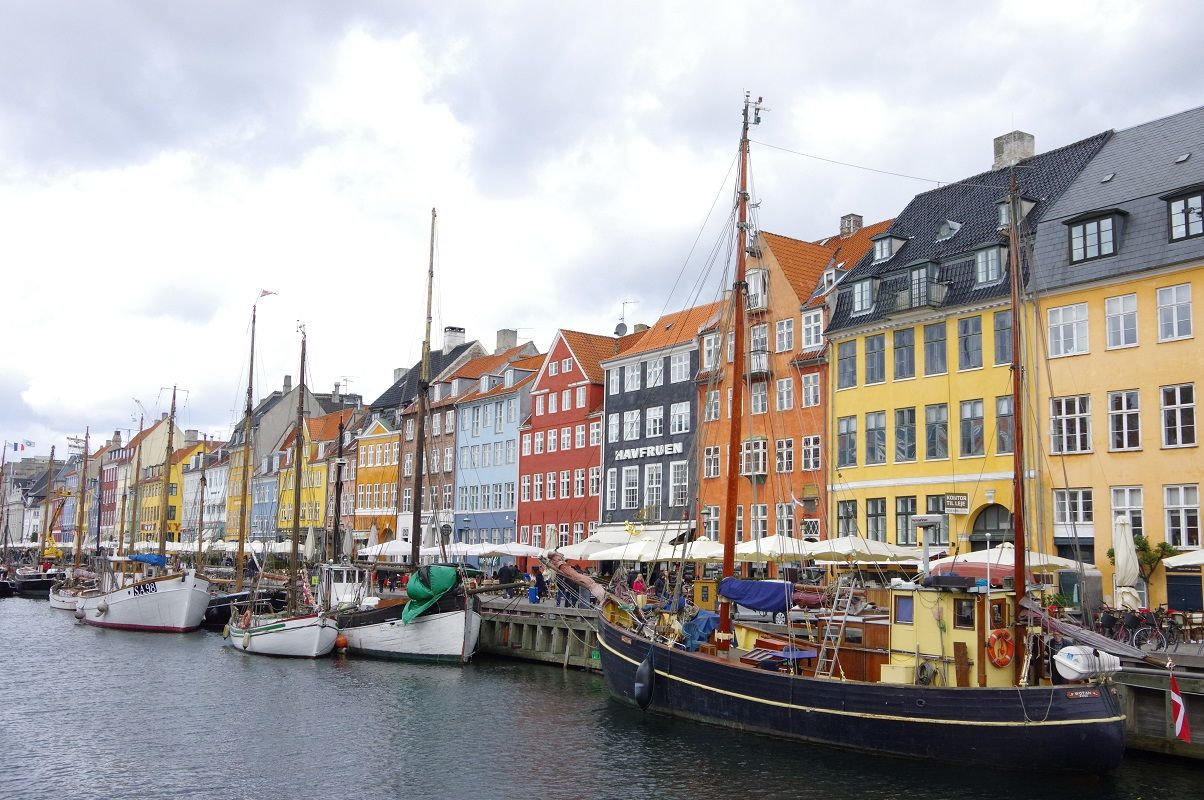 コペンハーゲン中央駅から歩いて2分のサガ ホテル