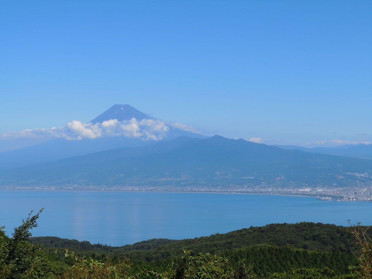 万国博覧会にも出品された日本一の富士山の眺め〜伊豆市だるま山高原〜