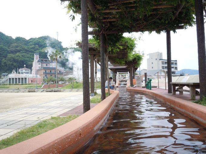日本最長級の足湯!