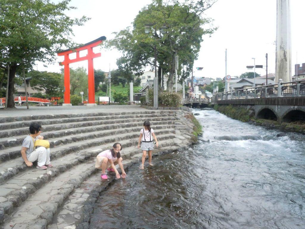 富士山の雪解け水を体感!