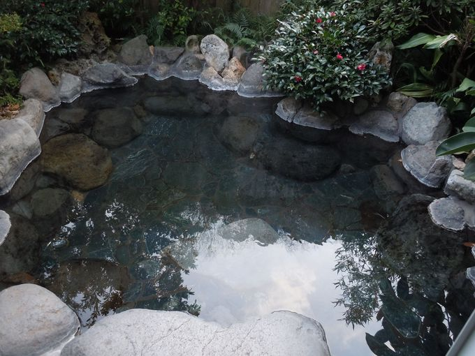 岩盤浴+温泉=美肌の鉄則!