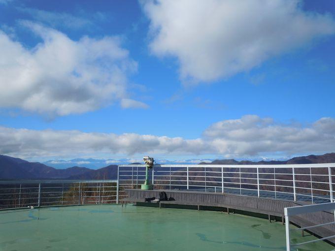 大自然に囲まれた、標高1164mの展望台