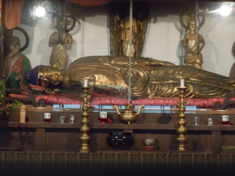 霊場で寝ている!?日本三大寝釈迦像!静岡県河津町「涅槃堂」