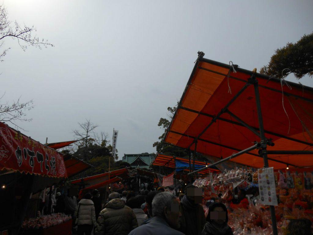 江戸時代から続く伝統行事!開催は旧暦正月7日、8日、9日の3日間のみ!