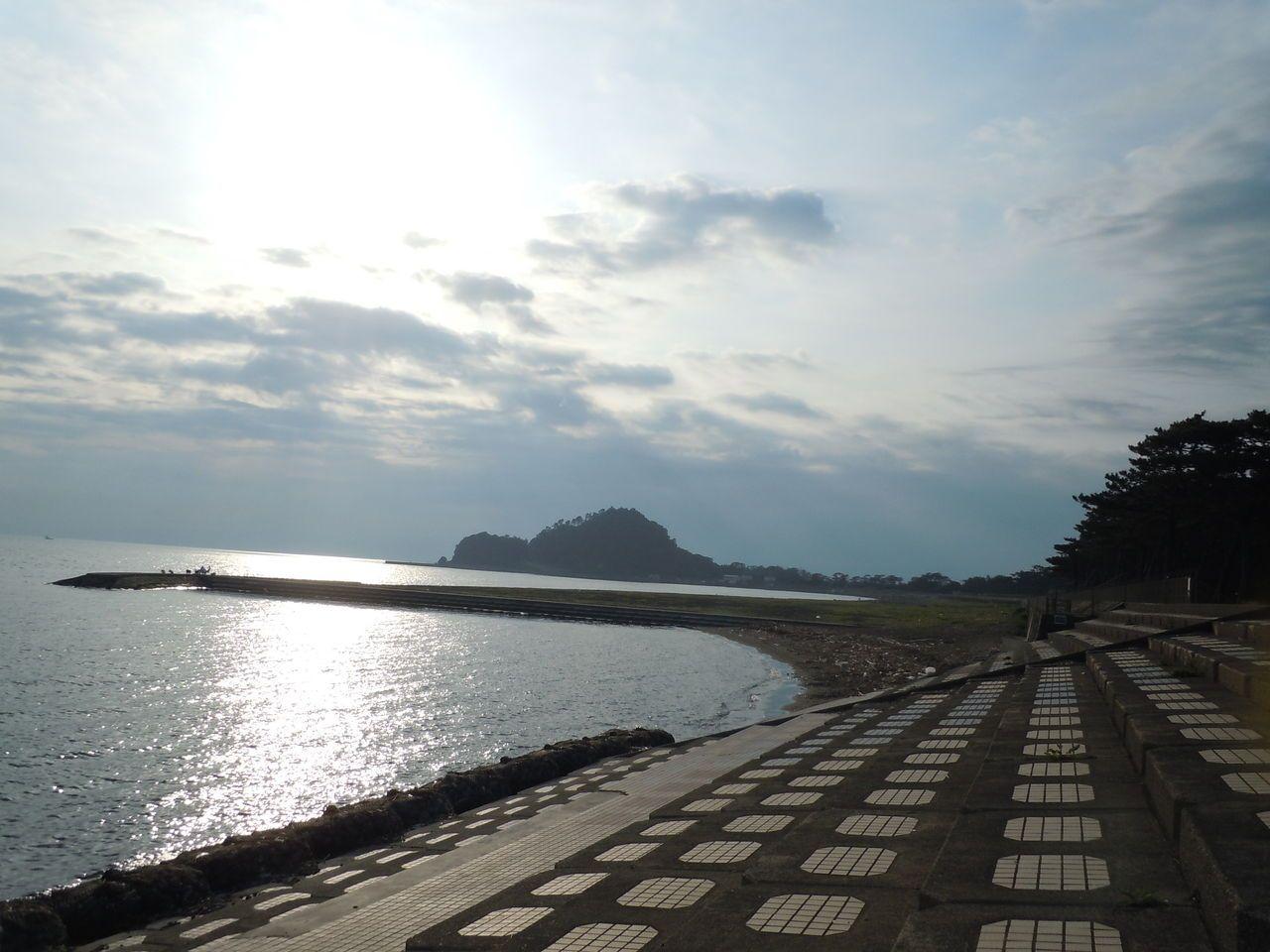 ひょっこりひょうたん島がある?!日本の渚百選