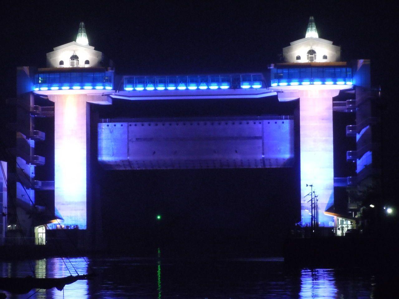 毎日ライトアップされる!沼津の象徴
