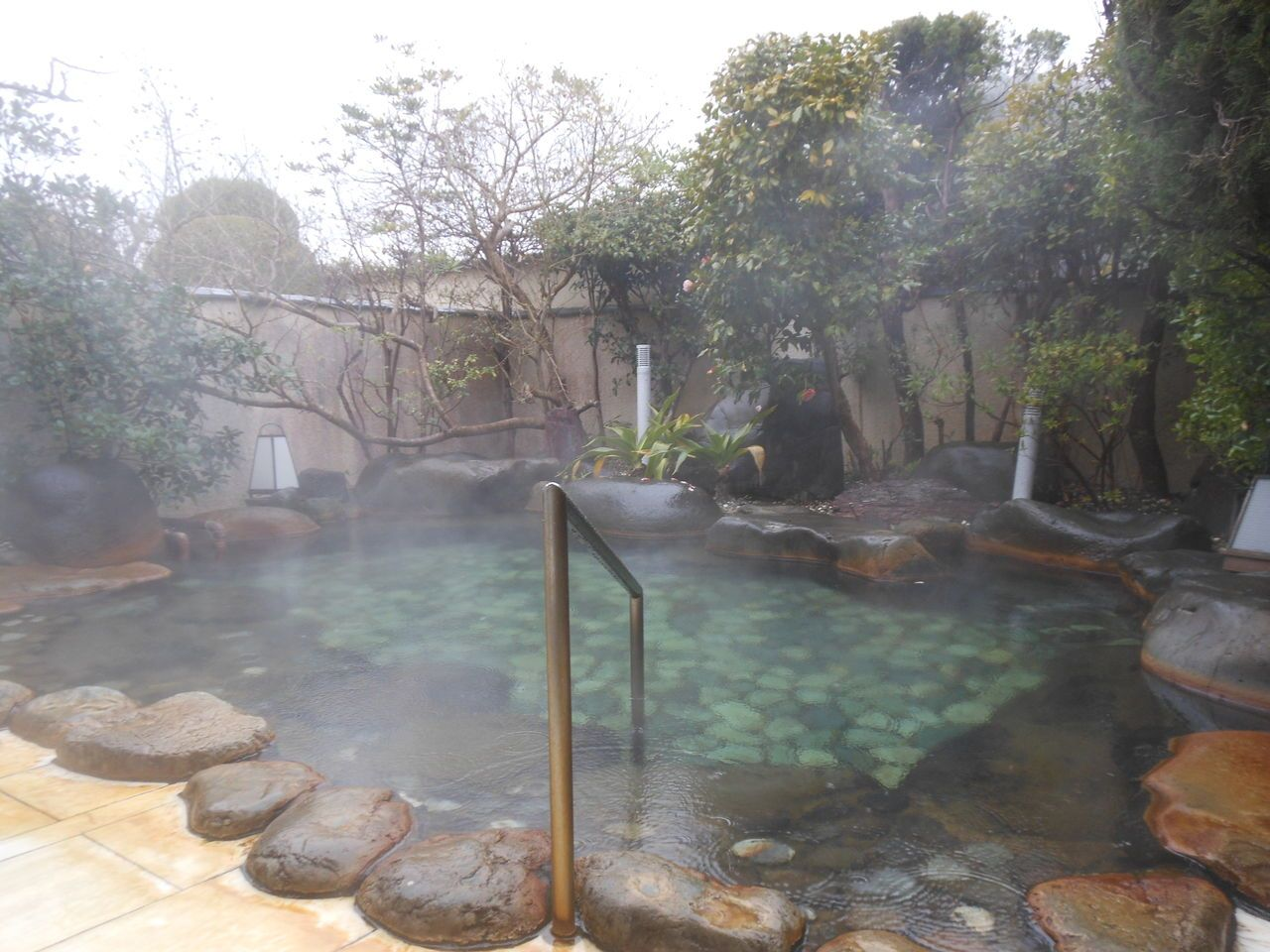 気持ち良い!開放的な露天風呂