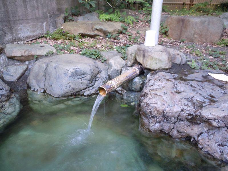 効果抜群の自噴湯!口コミで大人気の山梨県南部町「佐野川温泉」