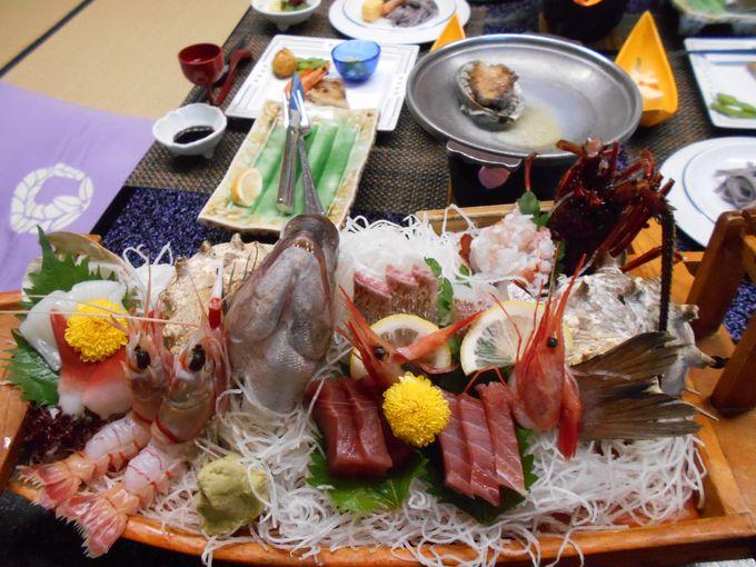 部屋でのんび〜りと!寛ぎながら食べられる絶品、海鮮料理
