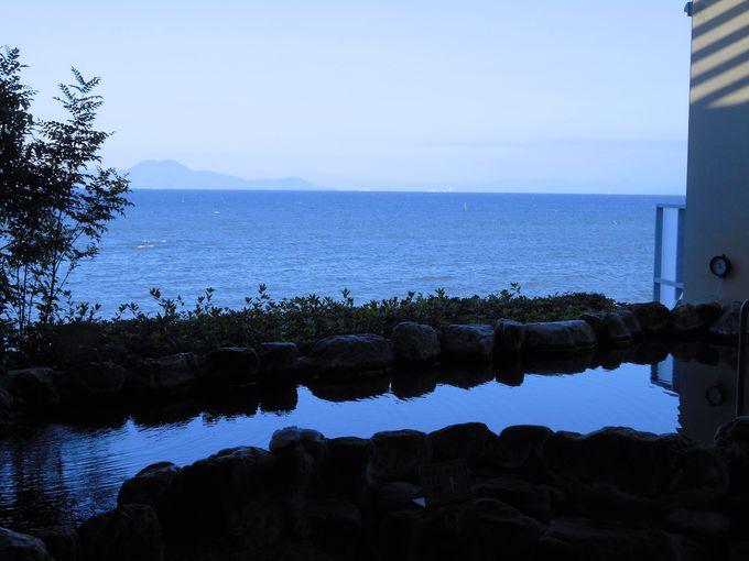 海を望む絶好のロケーション!オーシャンビューの贅沢な源泉かけ流し風呂