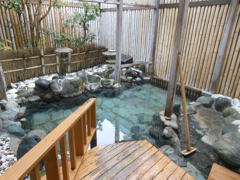 歴史ある古湯を源泉かけ流しで!南伊豆・下賀茂温泉「石廊館」