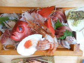 てまきずし・鯛丼!沼津市西浦 駿陽荘「やま弥」で名物料理を豪快にがっつく