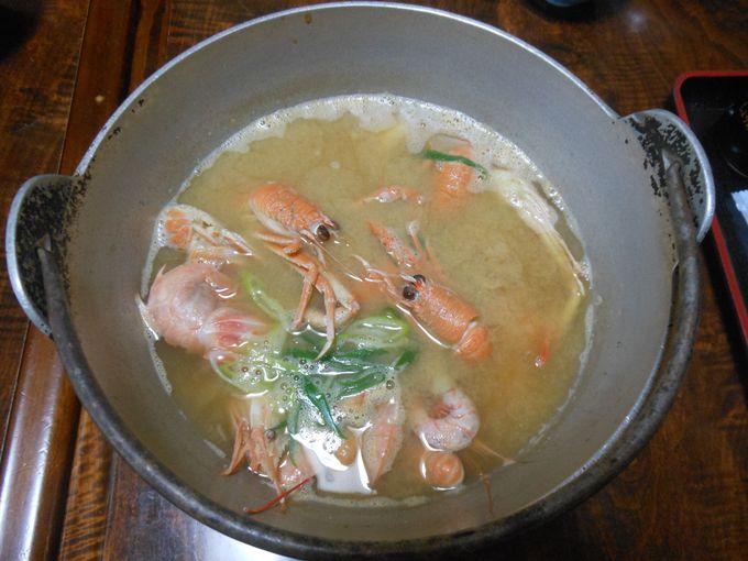 五臓六腑に染み渡る!深海生物を使った名物「漁師鍋」