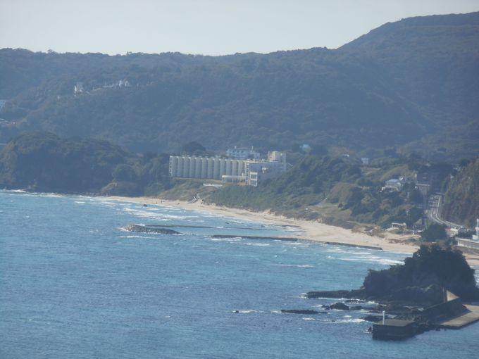 紺碧の海が見渡せる!特等席のシーサイドホテル