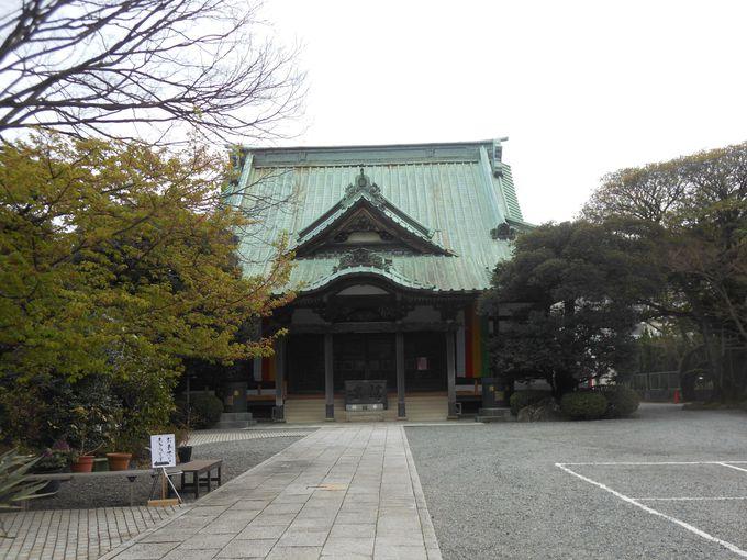 真っ先に見たい!118段の日本一と豪語する話題のスポット「佛現寺の雛壇飾り」