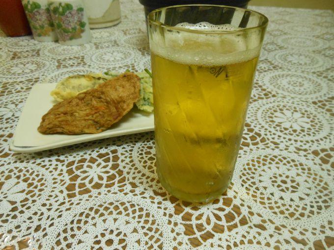 島特産のコーガ石コップで乾杯!島生まれ島育ちの食材グルメを満喫!