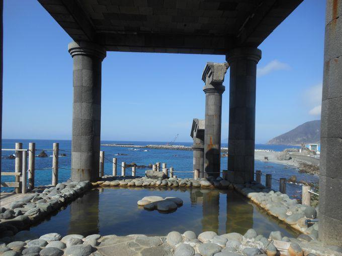 7.湯の浜露天温泉(新島)