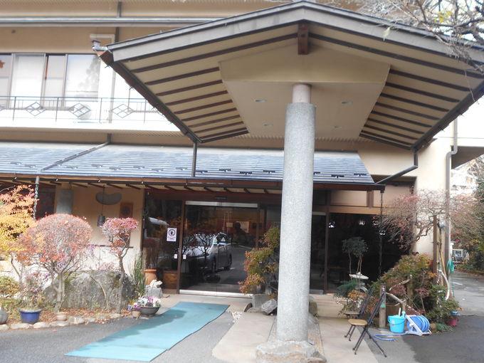 由緒正しき名湯の宿「山県館」でまだ見ぬ紅葉の旅へ!