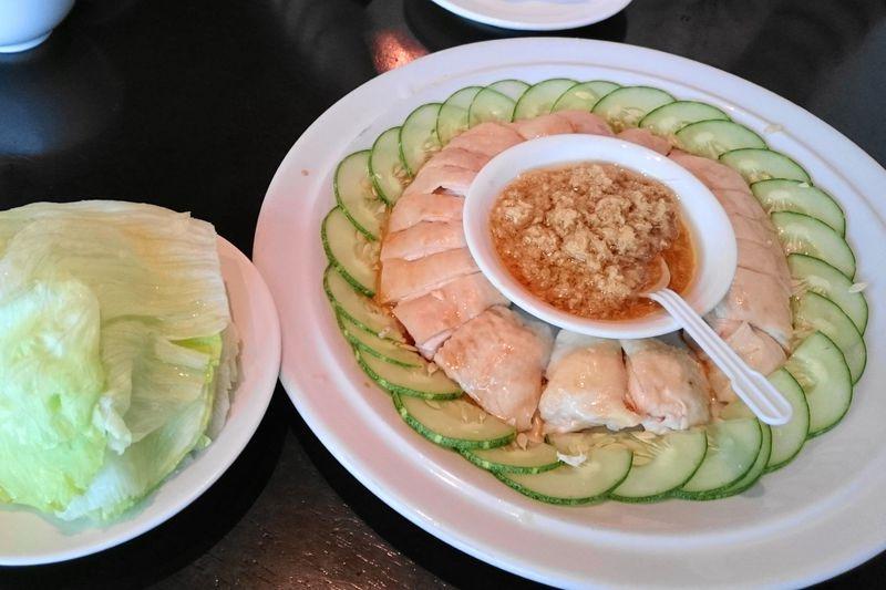 ジンジャーチキンが絶妙な旨さ!シンガポール「スープレストラン(三盃雨件)」