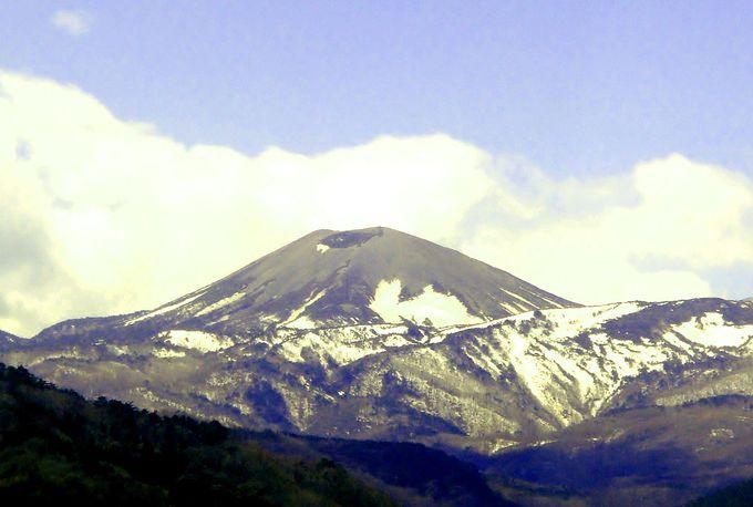 スカイラインの絶景ドライブで目指せ!福島に春を告げる雪うさぎの頂上へ
