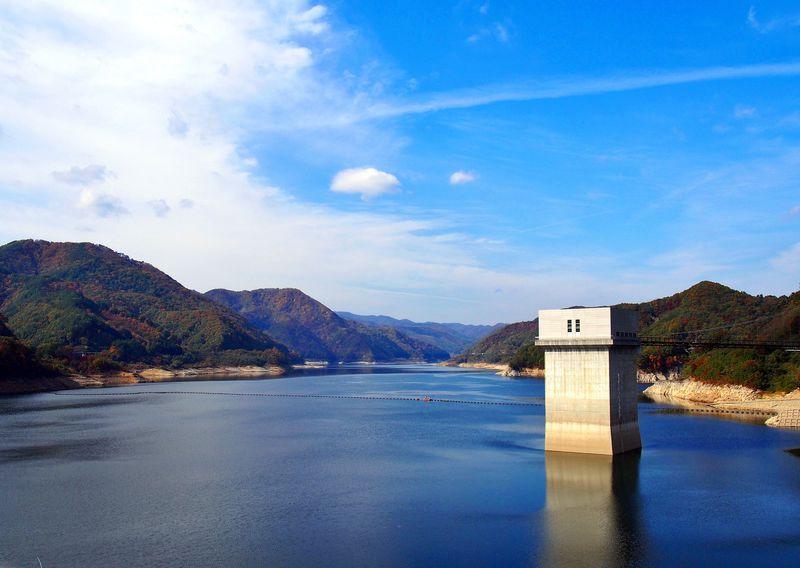 宿泊は、飯坂温泉で!まずは美しい摺上川ダムを目指そう