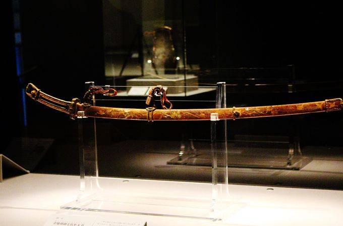 神社の中で日本最大の国宝を保有する春日大社!注目の国宝「金地螺鈿毛抜形太刀」