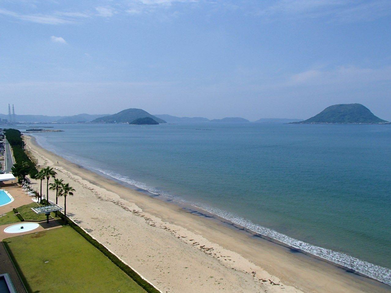 雄大な海が目の前に広がる海辺のホテル
