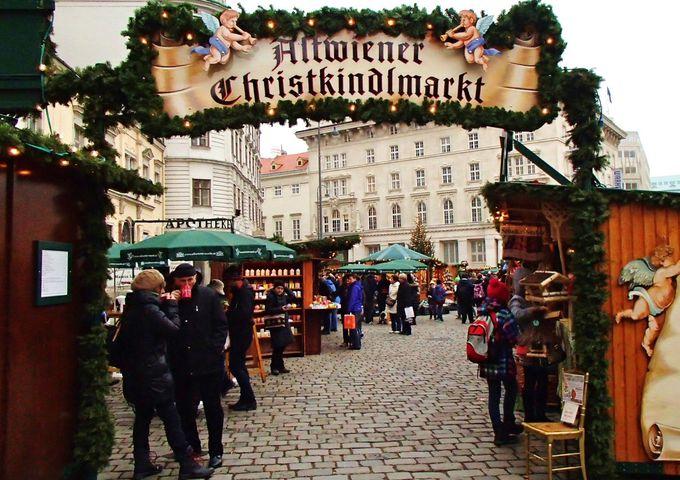 3.街のあちこちで開かれるクリスマス・マーケット