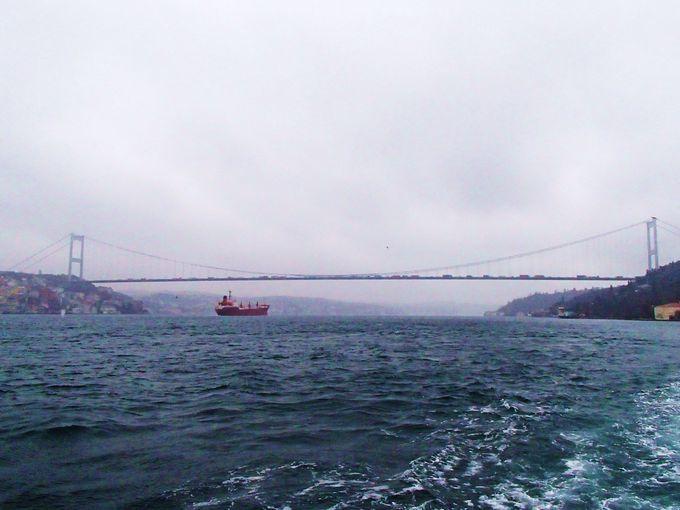 見どころ3:なんと2つある!「ボスポラス大橋」