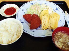 朝から夜までおいしい沖縄!24時間営業の食堂&そば屋4店!