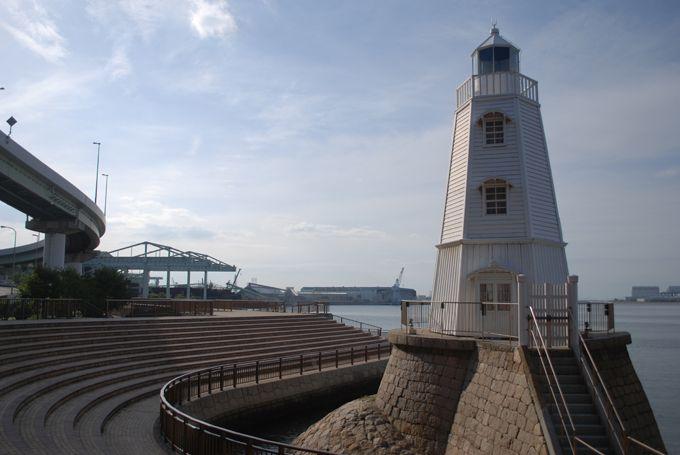 日本最古の木造洋式灯台、旧堺燈台