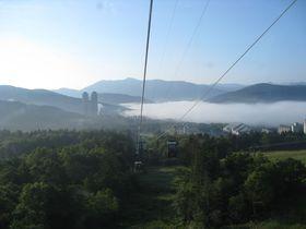 幻想的な雲海を見ることができる「星野リゾートトマムの雲海テラス」