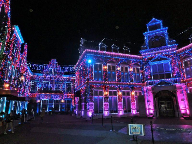 ハウステンボスの夜は、音と光の3Dプロジェクションマッピングで楽しもう!