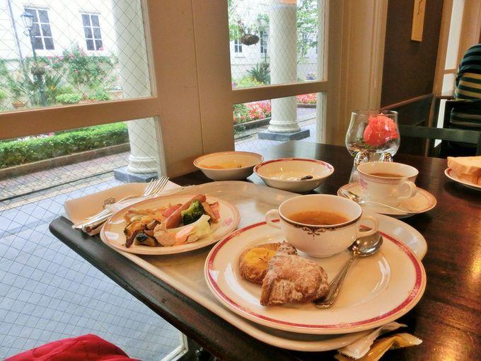 朝食は、ブッフェレストランで