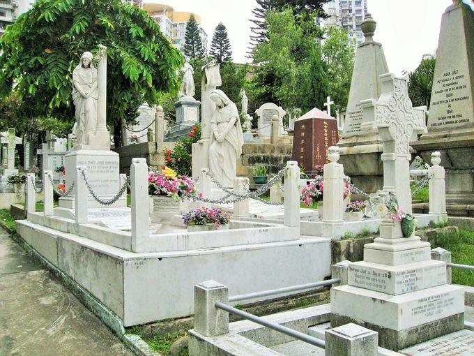 美しすぎる墓地