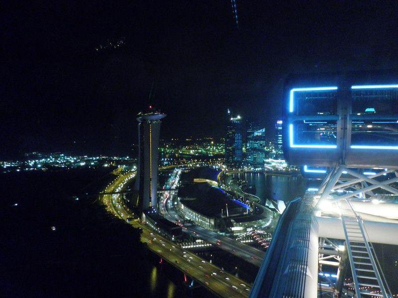 絶景のシンガポール・フライヤー