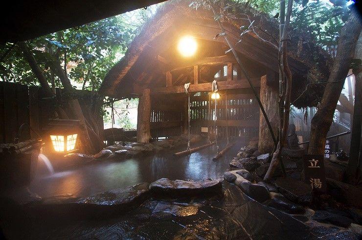 約1.5mもの深さの立湯が凄い!熊本・黒川温泉「いこい旅館」