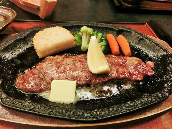 舟盛や熱々ステーキも美味しい!
