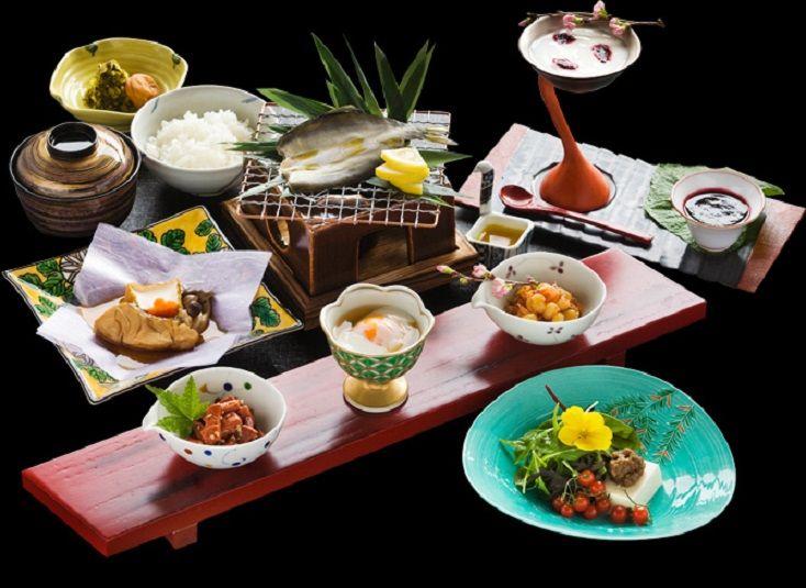 近江和牛やバームクーヘン豚も楽しめる会席料理