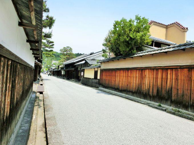 近江商人の邸宅が建ち並ぶ新町通り
