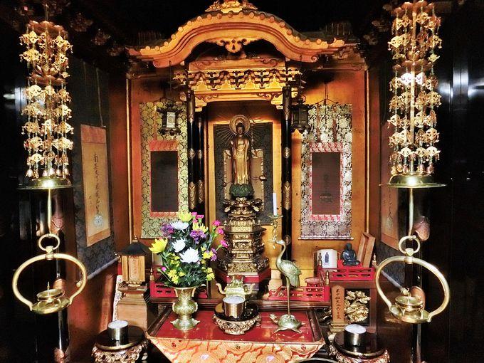 歴史ある荘厳な仏壇