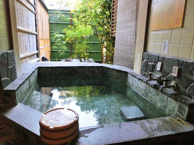 客室露天風呂にもラドン