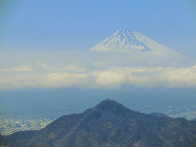 神々しい富士山に出会う