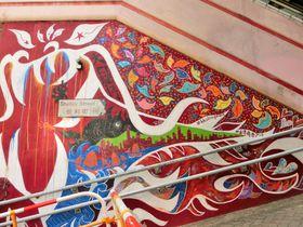 香取慎吾氏のアートに世界一のエスカレーターも !香港・中環を観光