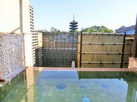 興福寺の五重塔ライトアップも!古都奈良の宿「飛鳥荘」